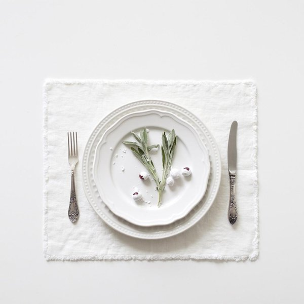 White Washed Linen Placemat With Fringes - Lithuania